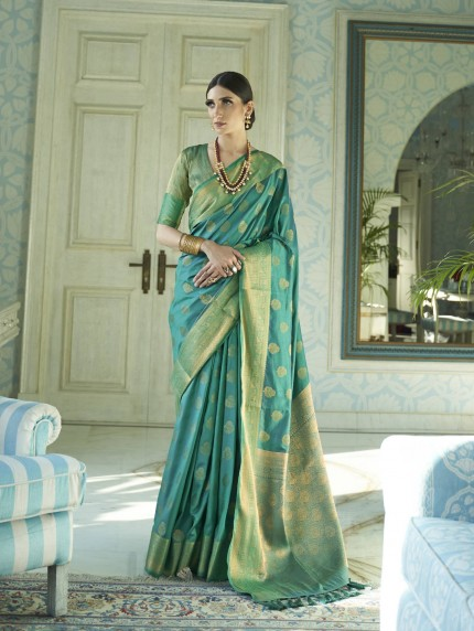 grabandpack Green coloured Two tone saree