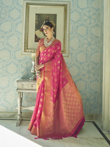 grabandpack Pink coloured saree