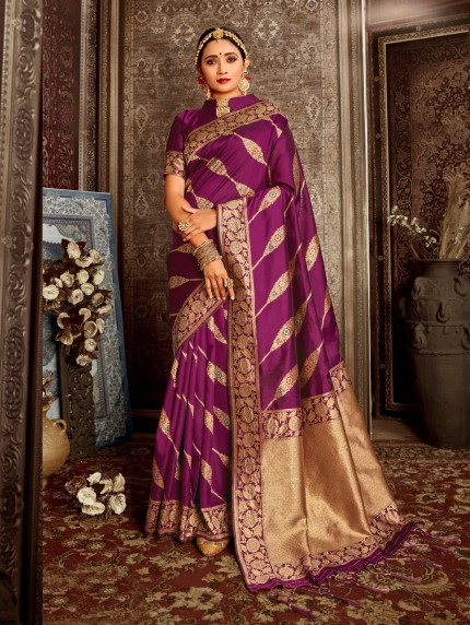 women's Gorgeous soft silk designer saree