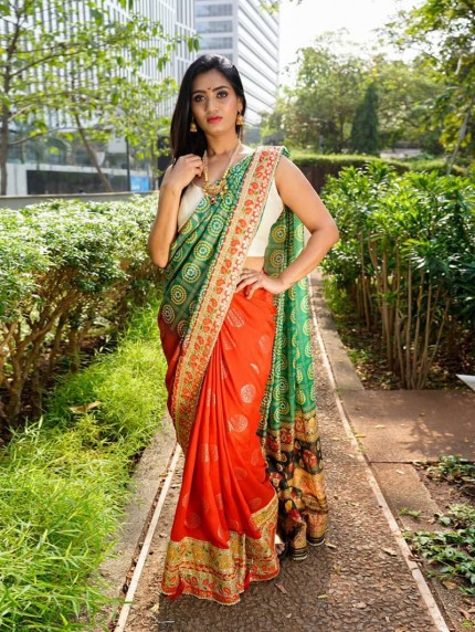 Women's Printed Vichitra Sik Saree online