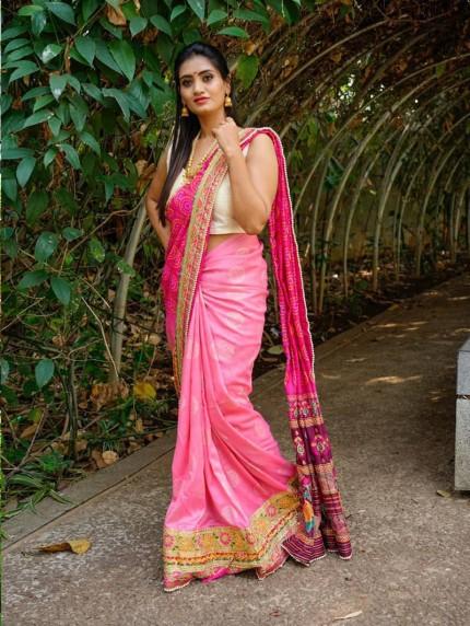 Women's Printed Vichitra Sik Saree online