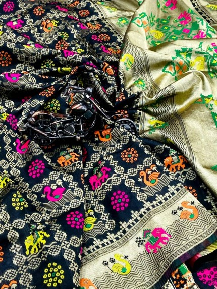 black saree for farewell