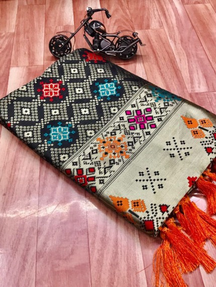 Gorgeous Black Soft Banarasi silk saree grabandpack