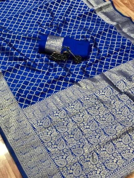 blue saree look