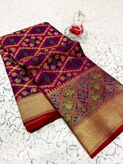 soft banarasi patola silk saree in Pink