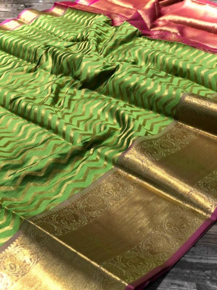 Green Banarasi Silk With Zari Work Saree - gnp009004