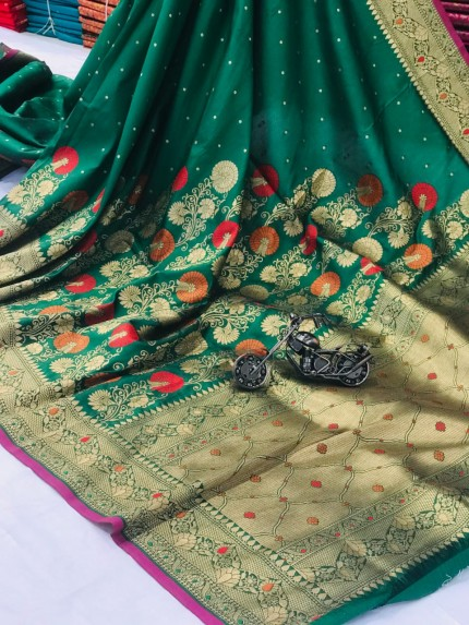 women's Attractive Soft Silk Saree in Green