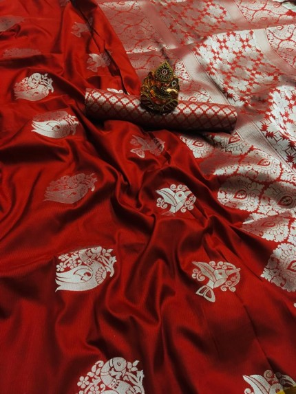 Maroon lichi silk weaving jacquard saree