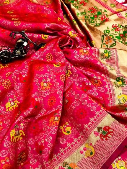 pink saree look