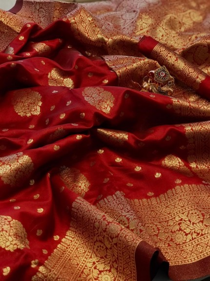 Red Colored Banarasi Silk Saree with Gold Zari Weaving - gnp010144