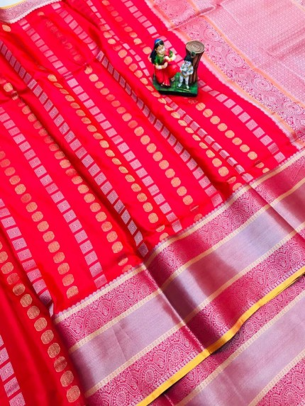 best saree in Red coloured