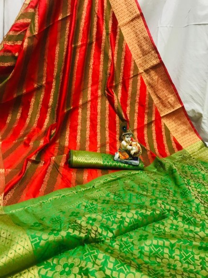 Red Soft Pure Banarasi Patola Saree with Beautiful Weaving - gnp010056