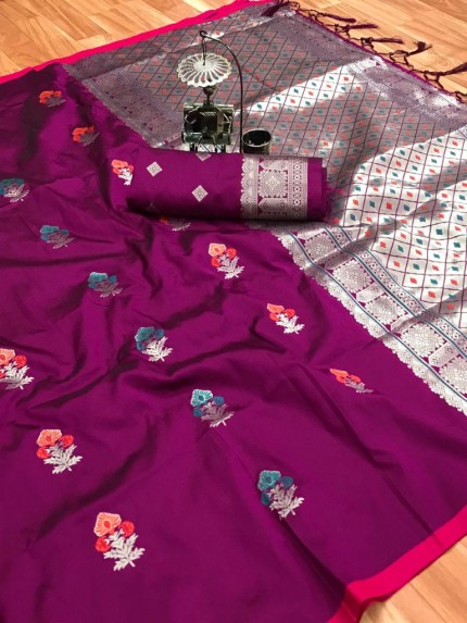 soft lichi silk saree in Magenta