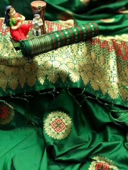 stylish stunning lichi silk saree in Green