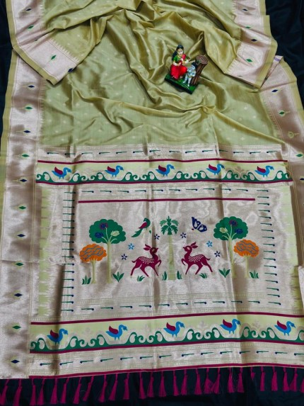 Super Soft Kanjivaram lichi silk Saree in green