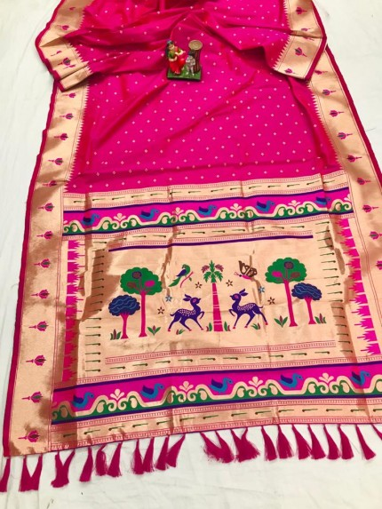 Super Soft Kanjivaram lichi silk Saree in pink