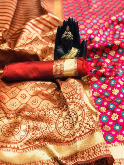 Maroon  Sarees at Best Price by grabandpack