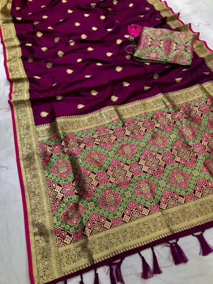 Women's Traditional Purple Patola weaving saree
