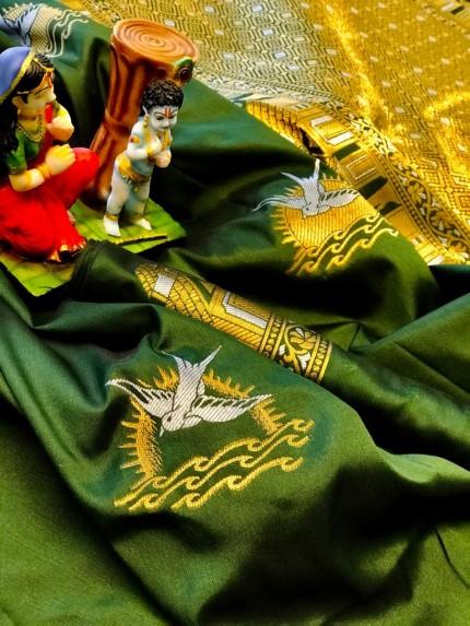 Green soft lichi silk Traditional saree