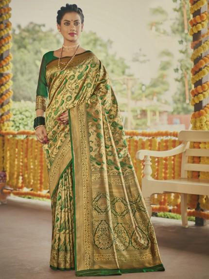 Stunning Green Paithani silk Silk Woven saree