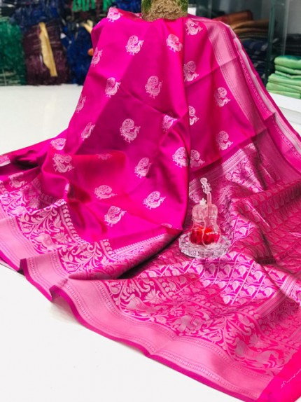 The perfect matching accessory for a saree is not the jewelry but your smile