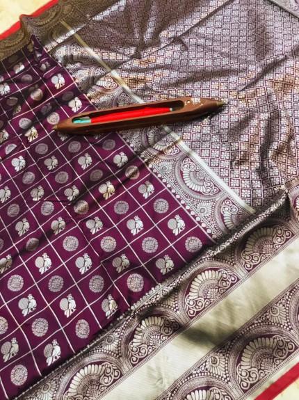 Graceful purple Litchi Soft silk saree