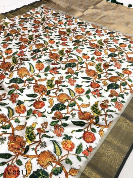 Off White Royal Flower Print Soft Silk Saree - gnp0108521