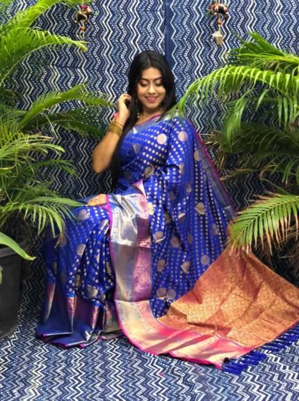 Stunning Look Kanchipuram Silk saree