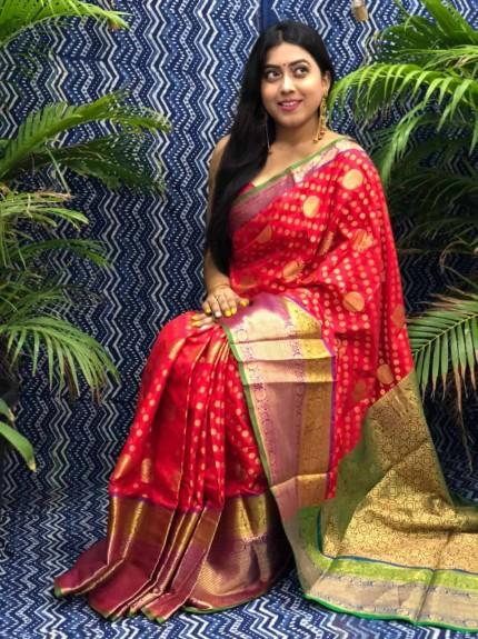 Stunning Look Kanchipuram Silk saree in Red