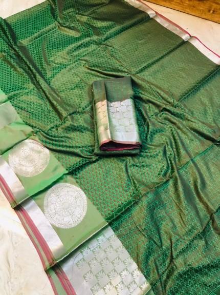 women's Beautiful Green Soft Kora Muslin Silk Saree