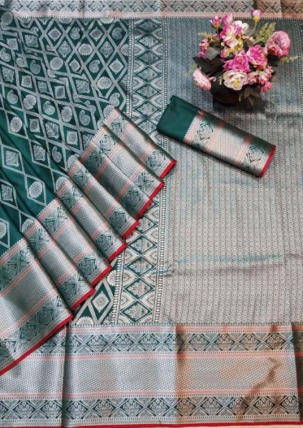 Green Colored Banarasi Silk Saree Jacquard With Rich Pallu