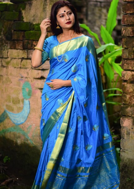 Sky Soft Banarasi silk weaving saree with embroidered butta