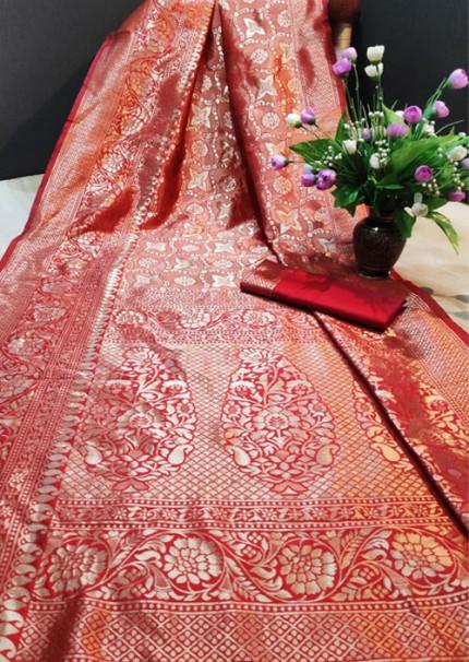 Women's Red color Banarasi Saree with Blouse Piece