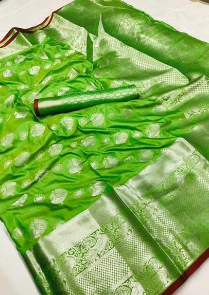 womens-lichi-silk-weaving-saree-in-green-silk-sarees-online-gnp005980 - grabandpack.com