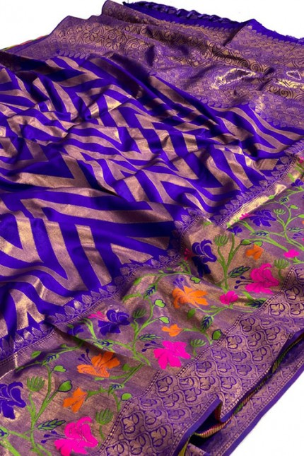Pure Jacquard fabrics with Resham zari work with vibrant Two colours - gnp007198