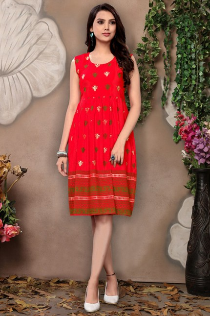 Women's Red Colored Rayon Printed Pleated Kurti - gnp006688