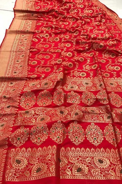 Women's Banarasi silk Weaving saree in Red gnp007357