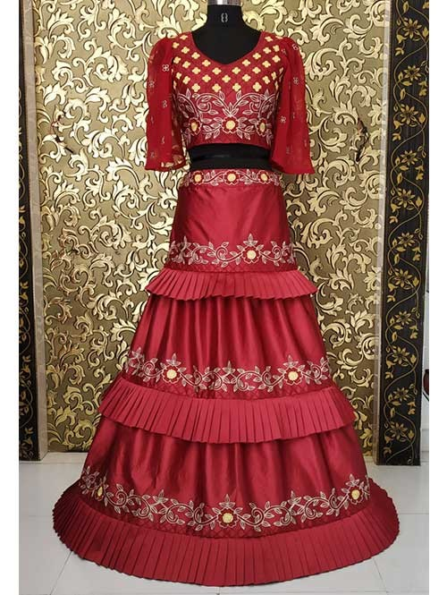 a93c710d5f7313 Surbhi Chandna In Maroon Colored Three Layer Lehenga With Beautiful Crop Top